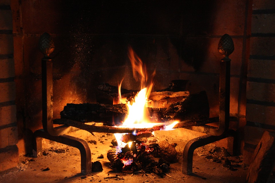 Yule Logs: What are they and how do I make one?